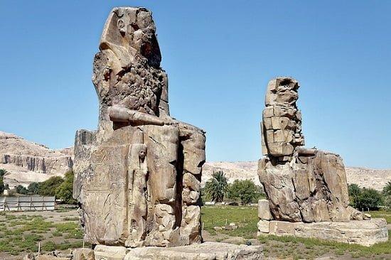 colossi-Memnon